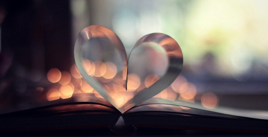 book-page-heart-bokeh (1)